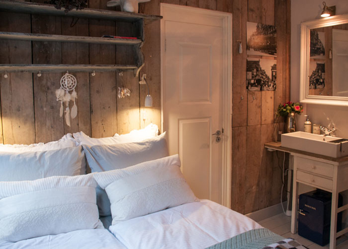 Guesthouse Amsterdam bed and breakfast amsterdam