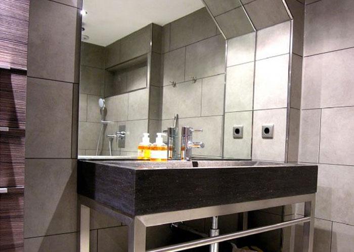 Luxury Jordaan Guest Room bed and breakfast amsterdam