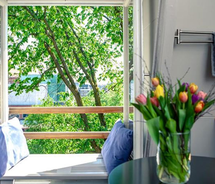 Zwanestein Canal House Bed and Breakfast Amsterdam